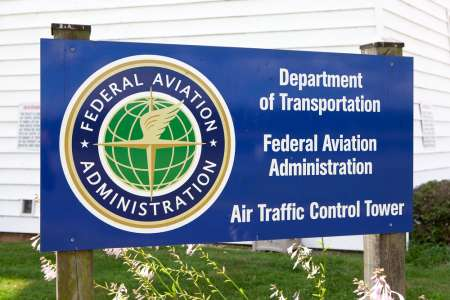 Plans To Privatize Air Traffic Control System In Works