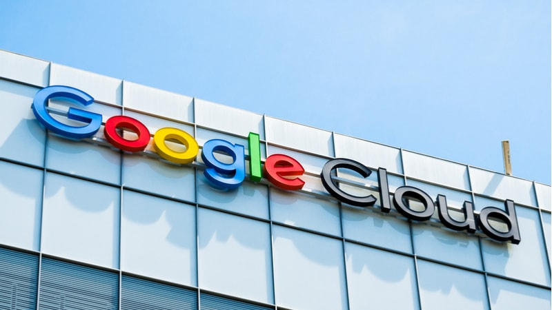 Google 'distant third' in cloud computing, as chief resigns